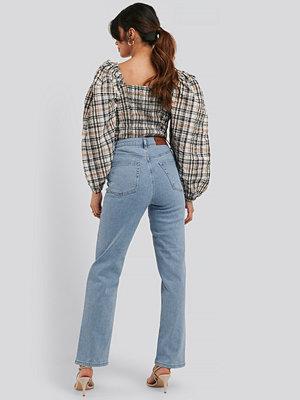 NA-KD Straight High Waist Jeans blå
