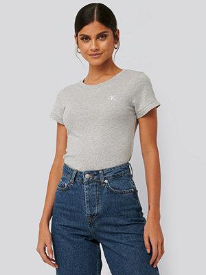 Calvin Klein Embroidery Slim Tee grå