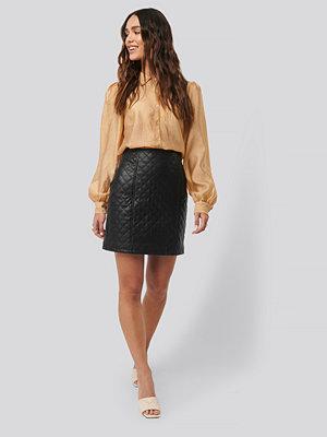 NA-KD Quilted PU Skirt svart