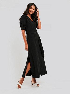 NA-KD Skjortklänning svart