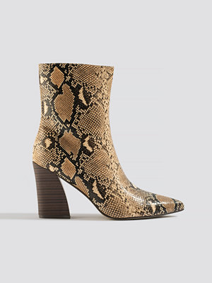 NA-KD Shoes Angular Heel Boots beige /