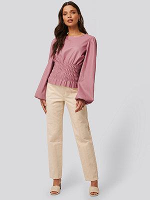 NA-KD Trend Jeans Med Medelhög Midja beige