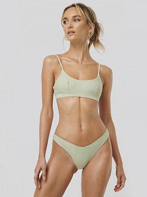 NA-KD Swimwear V-Formad Bikiniunderdel grön
