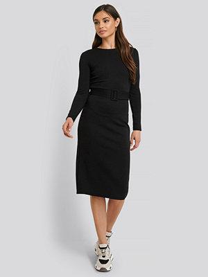 Mango Midiklänning svart