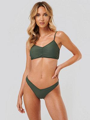 NA-KD Swimwear Bikintrosa Med Hög Skärning grön