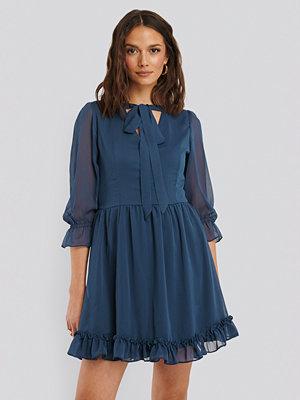 Trendyol Chiffongklänning blå