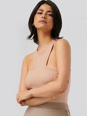 Olivia Salo x NA-KD Topp rosa
