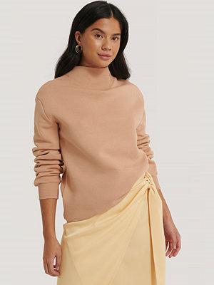 Olivia Salo x NA-KD Sweatshirt rosa
