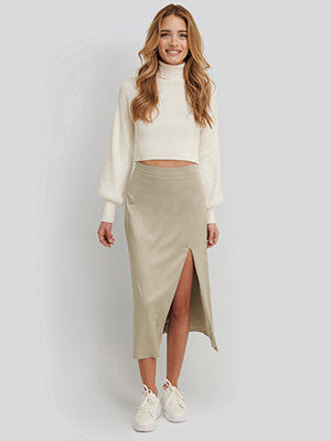 XLE the Label Satinkjol Med Sidoslits beige