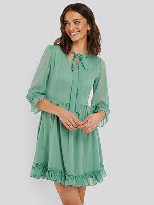 Trendyol Chiffongklänning grön