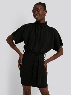 Sisters Point Miniklänning svart