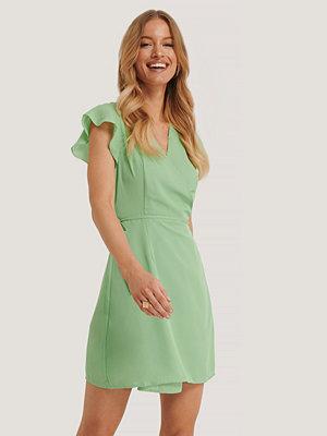 Glamorous Omlottklänning grön