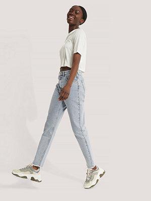 Jeans - NA-KD Höga Smala Jeans blå