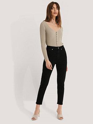 Jeans - NA-KD Trend Mom Jeans svart