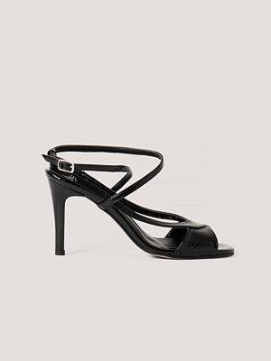 Trendyol Högklackade Sandaler svart