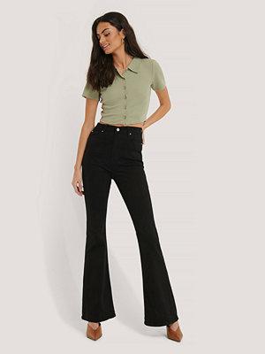 Trendyol Utsvängda Jeans Med Hög Midja svart