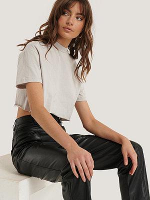 Trendyol Croppad T-Shirt beige