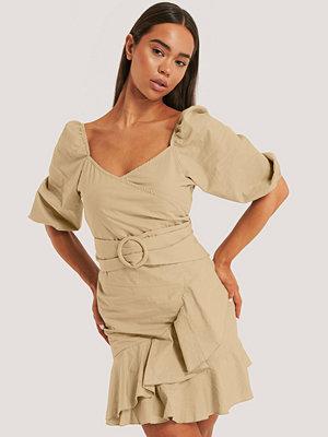 Trendyol Miniklänning beige