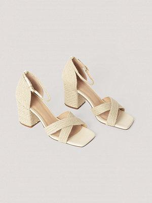 Pumps & klackskor - NA-KD Shoes Braided Raffia Heels offvit
