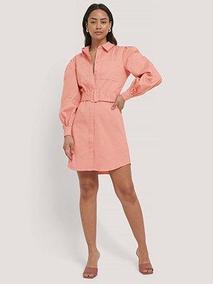 NA-KD Skjortklänning Med Skärp rosa