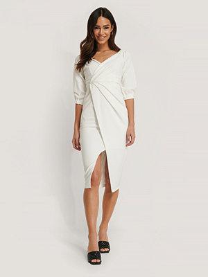 Trendyol Midiklänning vit