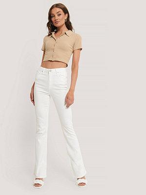 Trendyol Utsvängda Jeans Med Hög Midja vit