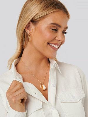 NA-KD Accessories smycke Shell Pendant Necklace guld