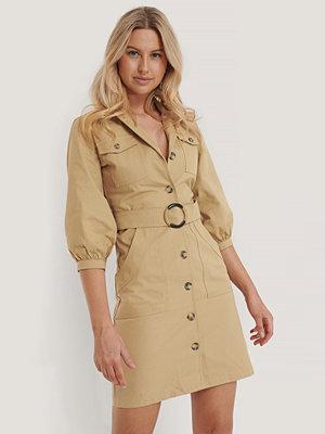 Trendyol Skjortklänning Med Skärp beige