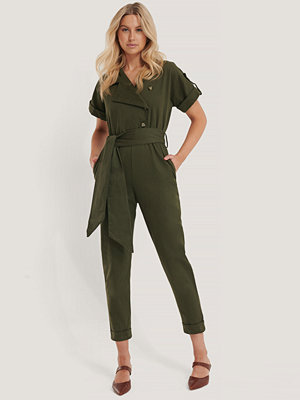 Jumpsuits & playsuits - Trendyol Jumpsuit Med Bälte grön