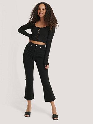 NA-KD Utsvängda Jeans I Skinny Modell svart