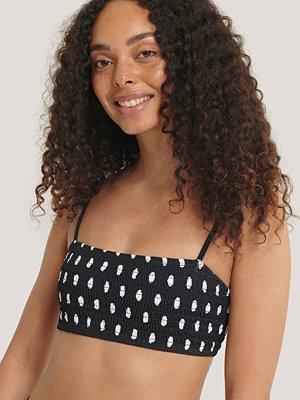 NA-KD Swimwear Bikiniöverdel svart vit