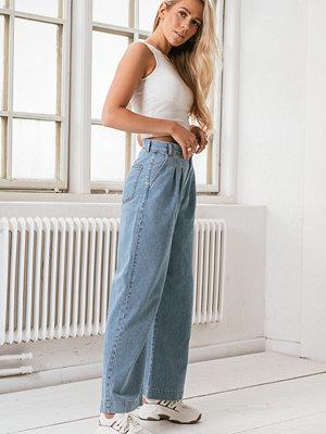 Jeans - Annais x NA-KD Jeans Med Raka Ben blå
