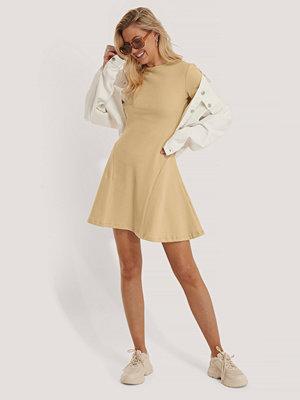 Trendyol Miniklänning Med Rund Halsringning beige