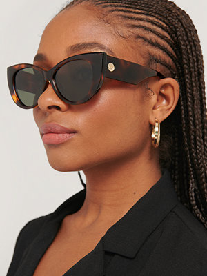 Solglasögon - Le Specs Cat Eye-Solglasögon brun