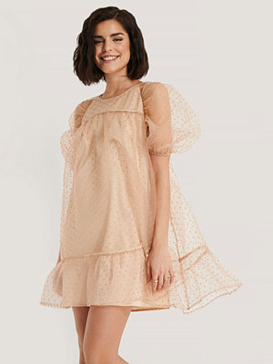 NA-KD Boho Dobby Organza Mini Dress beige
