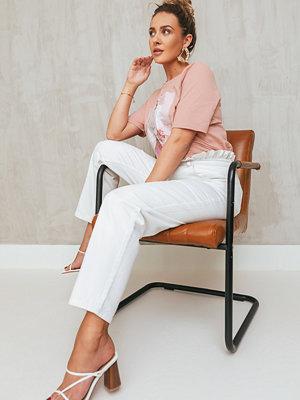 Jeans - Manon Tilstra x NA-KD Paperbagdenim vit