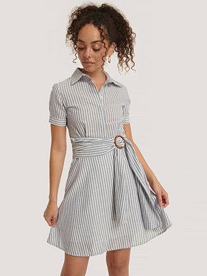 Trendyol Miniklänning Med Bältesdetalj multicolor