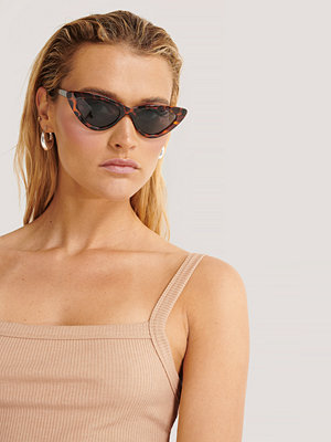 Manon Tilstra x NA-KD Cat Eye-Solglasögon brun