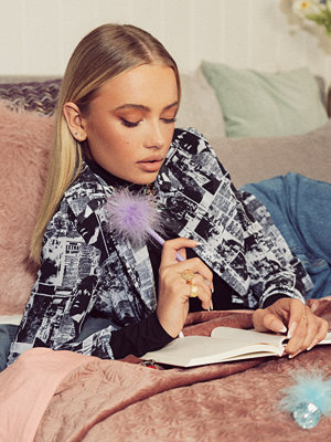 Emma Ellingsen x NA-KD Chiffongskjorta multicolor
