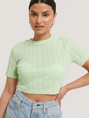 NA-KD Croppad, Ribbad T-Shirt Med Struktur grön