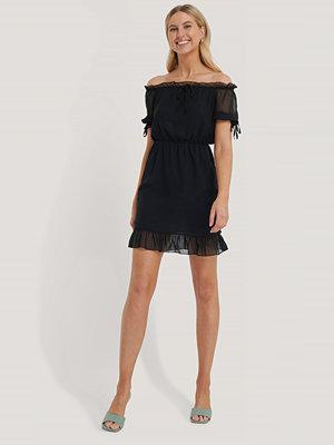 Trendyol Miniklänning Med Meshdetaljer svart