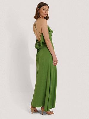 Trendyol Viskosklänning grön