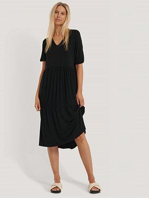NA KD Basic Båtringad Miniklänning I Jersey svart