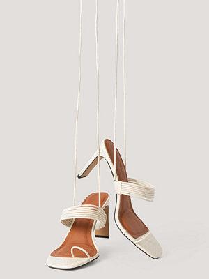 NA-KD Shoes Högklackade Sandaler offvit