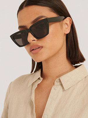 Solglasögon - NA-KD Accessories Basic Fyrkantiga Solglasögon svart