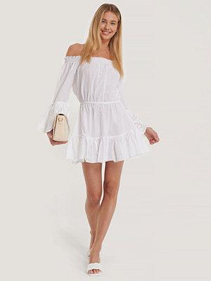 Trendyol Strandklänning vit