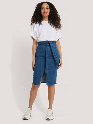 NA-KD Trend Belted Midi Denim Skirt blå