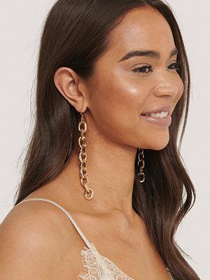 NA-KD Accessories smycke Långa Chunky Kedjeörhängen guld