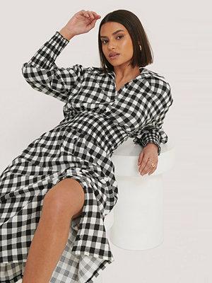 Taraneh x NA-KD Skjortklänning multicolor