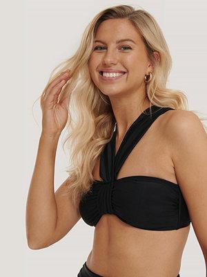 NA-KD Swimwear Bikinitopp Med Remmar svart